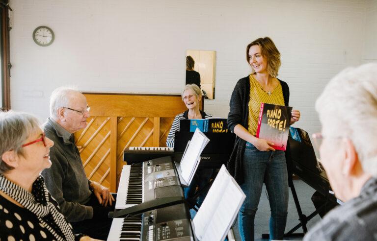 Nooit te oud om muziek te leren spelen
